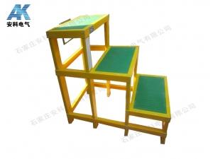 三層絕緣凳