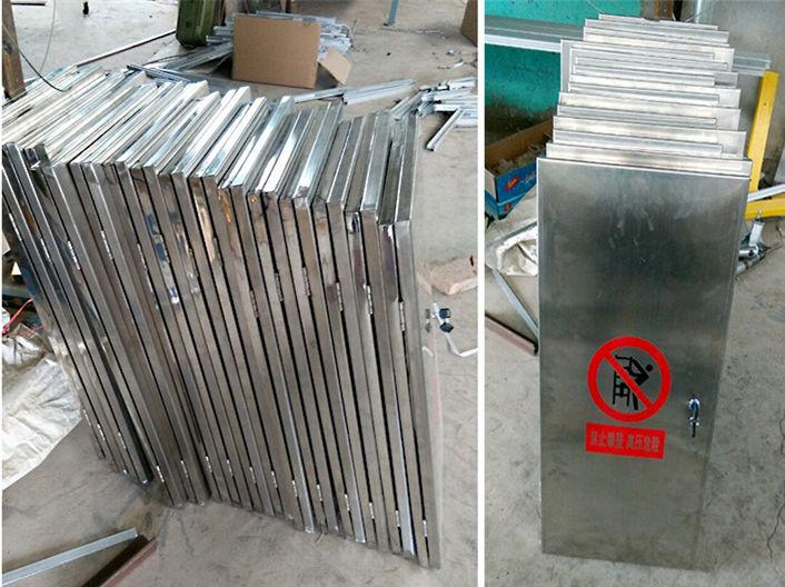 山西晋中客户定做一批不锈钢爬梯门